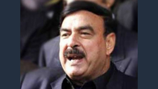 What are Tactical Nuclear Weapons that Pak minister Sheikh Rasheed Ahmad was referring to?