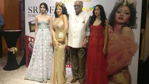 Sridevi gets wax figure at Madame Tussauds Museum; Boney Kapoor breaks down