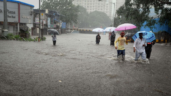 <strong>[Is climate change linked to rain fury in Bihar and Uttar Pradesh?]</strong>