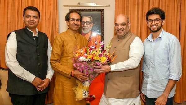 Still in the hunt for CM's post, key Shiv Sena, BJP meet on Oct 30