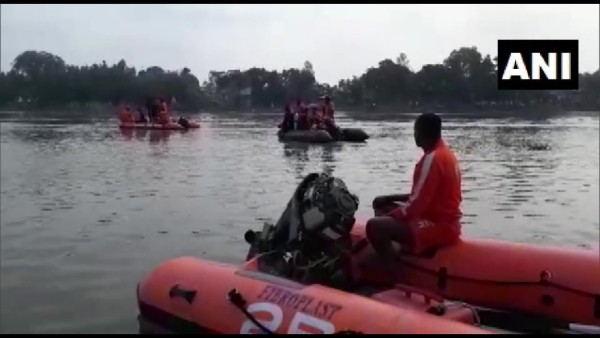 Boat capsizes in Mahananda river, death toll rises to 3