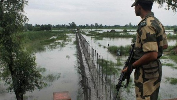 [Border Guards B'desh open fire at BSF who went to rescue 3 Indian fishermen, head constable martyred]