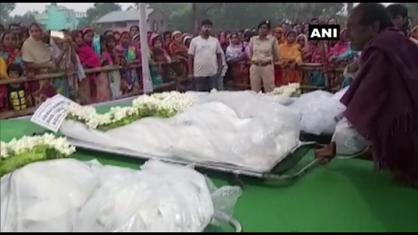 Corpses of 5 labourers killed by terrorists handed over to their families