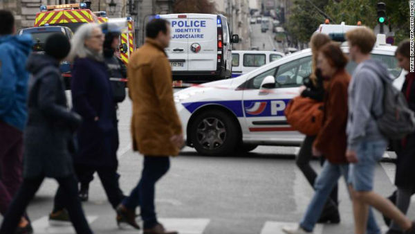Paris: Knife attack at police headquarters kills 4, assailant killed