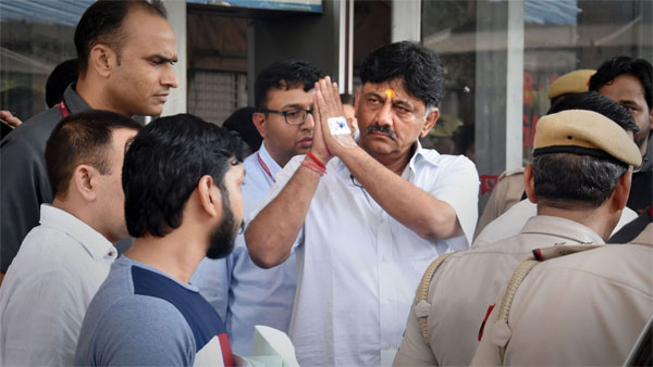 Congress leader DK Shivakumar released from Tihar jail after being granted bail