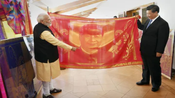 PM Modi gifted the silk shawl to Xi Jinping, made by weavers of a Coimbatore based society (PTI)