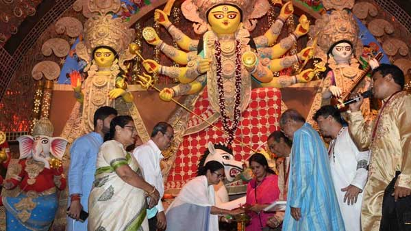 WB Chief Minister Mamata Banerjee inaugurating Durga Puja pandals in the city