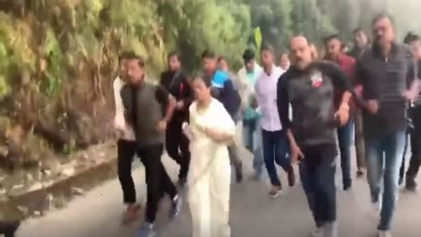 Mamata jogs 10 km in Darjeeling hills to create awareness of International Day of Climate Action