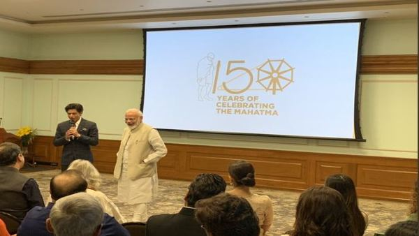 PM discusses ways to celebrate Gandhis 150th birth anniversary with Bollywood stars