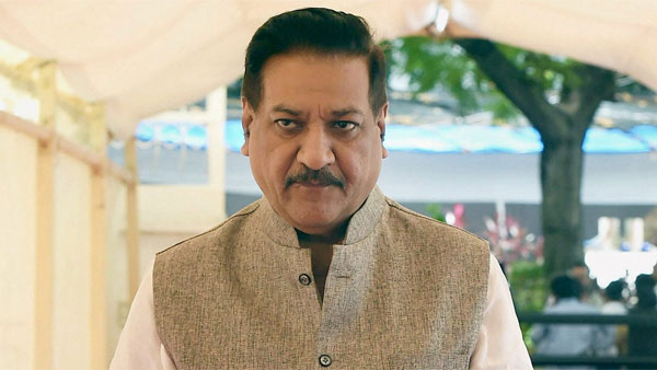 Any proposal from Shiv Sena must include both Congress and NCP: Chavan
