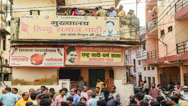 Kamlesh Tiwari murder case: Family meets Adityanath, demands for statue