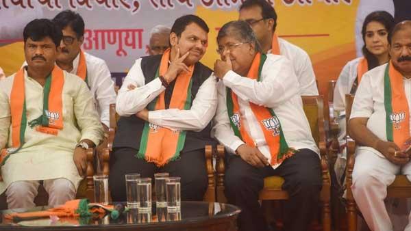 Maha polls: Big challenge for Shiv Sena as 26 corporators resign ahead of assembly polls