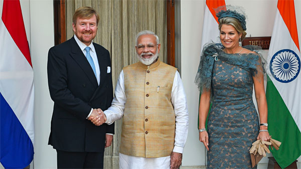 PM Modi greeting to the Dutch King and Queen