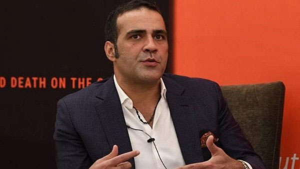 Writer Atish Ali Taseer who lost OCI card moves Supreme Court
