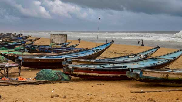 Depression over Bay of Bengal may intensify into cylonic storm, warns MeT dept