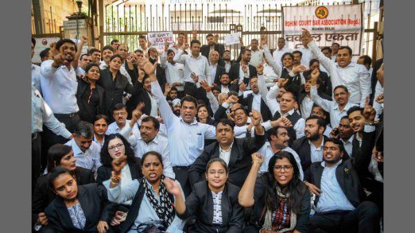 Tis Hazari scuffle: Delhi Lawyers call-off strike