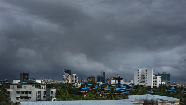Mumbai rains trends on Twitter as cyclone Maha fizzles out