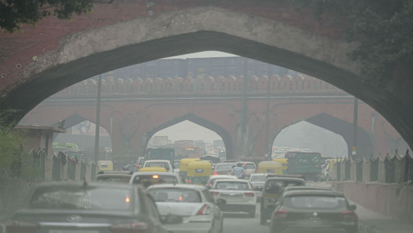 Delhi air quality still in 'severe' category even after light rains