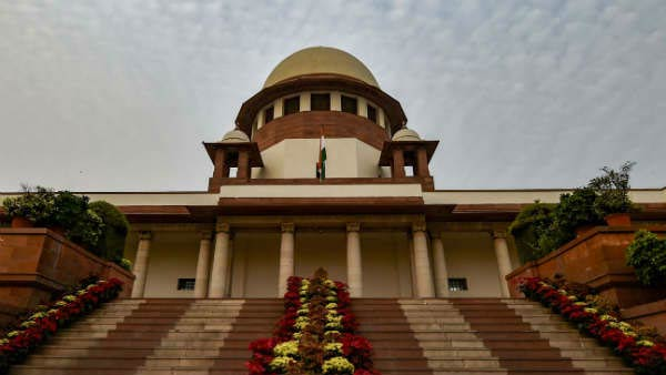 Maharashtra floor test: SC to take a call on Monday after perusal of relevant documents