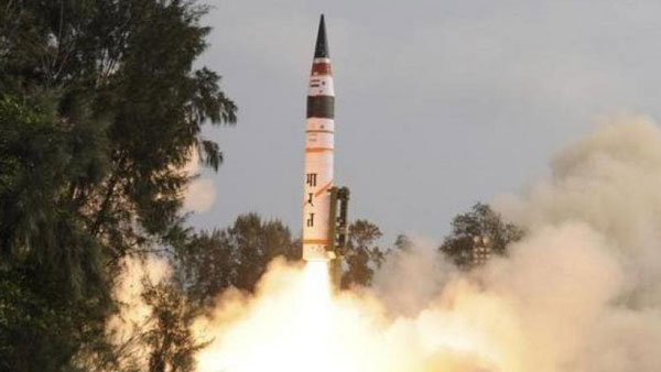 What is the range of Agni 2?