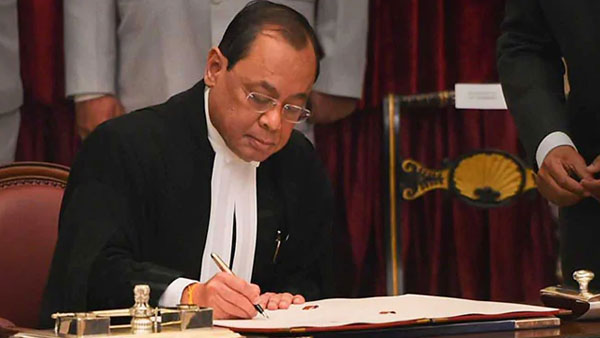 CJI Gogoi sits in bench for last time in court number 1 before he retires on Nov 17