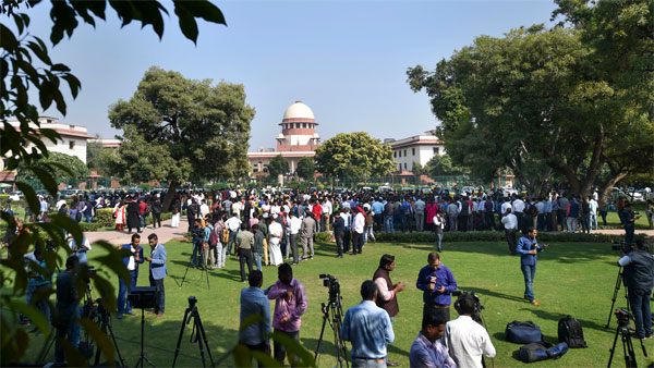 SC likely to seal fate of Madhya Pradesh government today