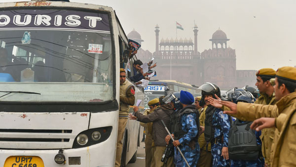 CAA Protests: Section 144 in place; Protesters detained near Red Fort