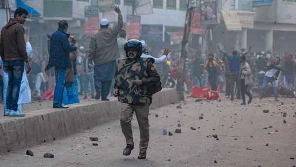 Keralites, Bangladeshis part of riots around CAB in UP, Delhi