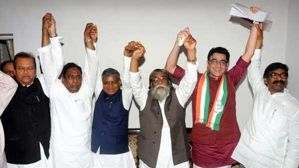 Congress-JMM-RJD set to form govt in Jharkhand, predicts India Today-My Axis exit