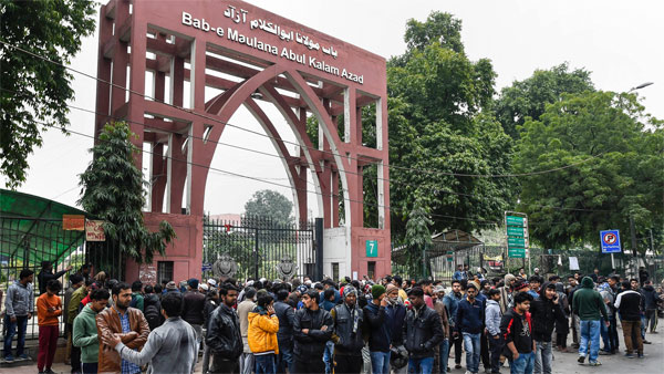 Jamia Millia Islamia moves court for registration of FIR against Delhi Police over Dec 15 violence