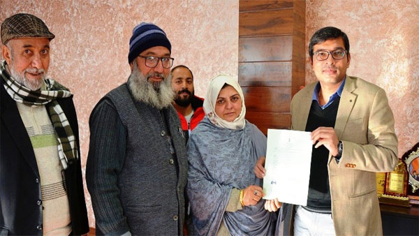 Pakistani woman married to J&K resident granted Indian citizenship