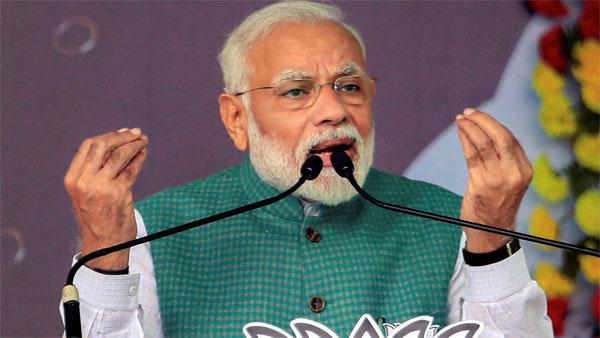 Black flag shown to PM Modi, Mamata Banerjee skips at Kolkata Port Trust event