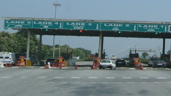 West Bengal NH toll plazas ready to implement FASTag