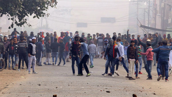 Case registered against 10,000 students in connection with AMU violence