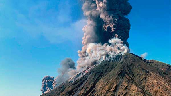 New Zealands popular volcano erupts; PM Ardern says 'people unaccounted for'