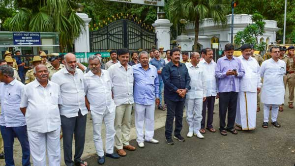 The rise and fall: An asset analysis of the rebels contesting the Karnataka by-polls