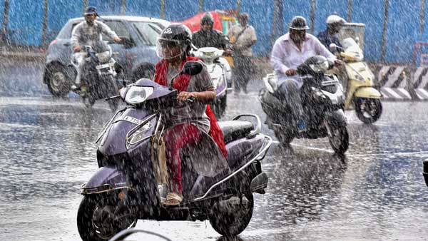 Rains lash many parts of TN, more forecast; one dead in Chennai