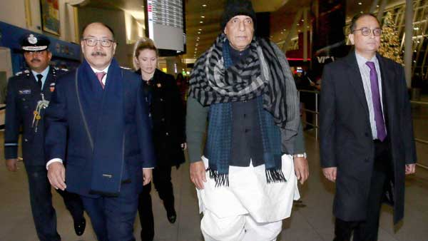 India will overcome from difficult economic situation soon: Rajnath