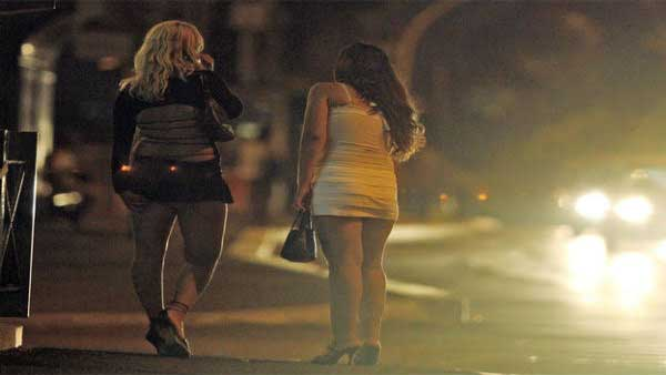 Cops bust prostitution racket; foreign national among 2 rescued