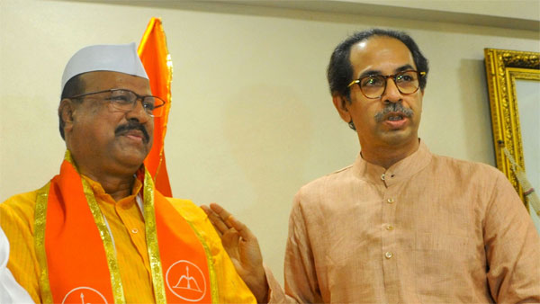 File photo of Abdul Sattar and Uddhav Thackeray