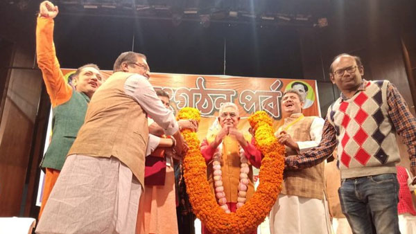 Dilip Ghosh re-elected as Bengal BJP prez amid his 'shot like dogs' remark