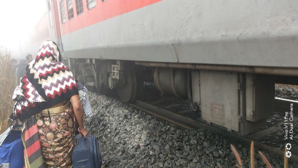 20 injured after 5 coaches of Lokmanya Tilak Express derail near Cuttack; Helplines set up