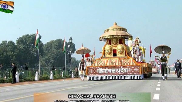 HP tableau displays Kullu Dussehra festival, MP tableau depicts tribal museum