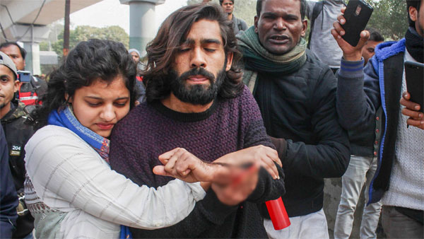 Injured Jamia student Shadab Farooq discharged from AIIMS