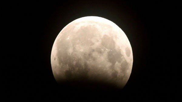 Chandra Grahan 2020: Why the Lunar Eclipse on January 10 is called Wolf Moon Eclipse