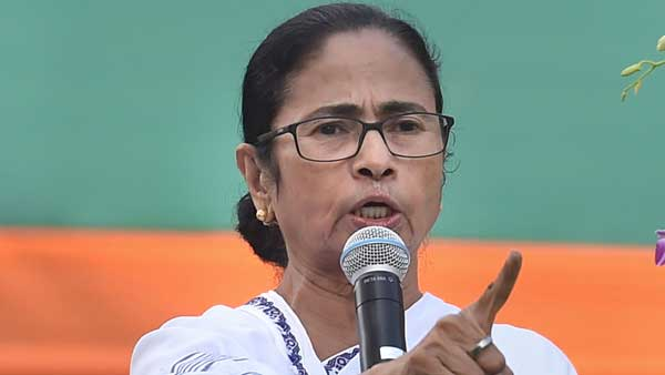 Double standards of the Left Front, Congress: Mamata over WB violence during bandh