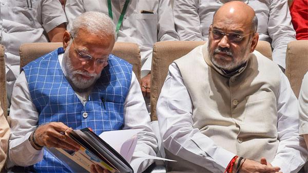 Modi, Shah rampaging through universities says Priyanka on JNU violence