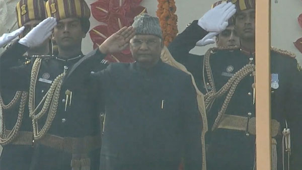 Ram Nath Kovind unfurls National Flag at Rajpath