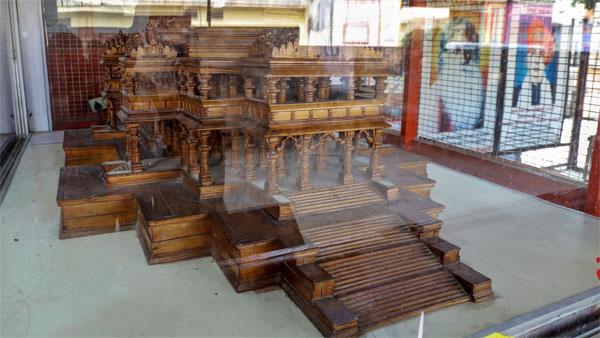 Secretary of Ramalya Trust presents 'first' model of Ram temple in Ayodhya at 10,008 feet