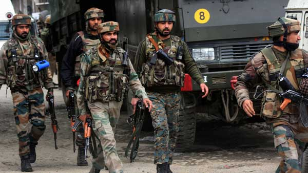 Top police officer, two terrorists detained in J&K